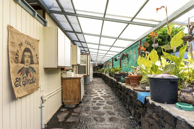 home for sale on alii drive hawaii island