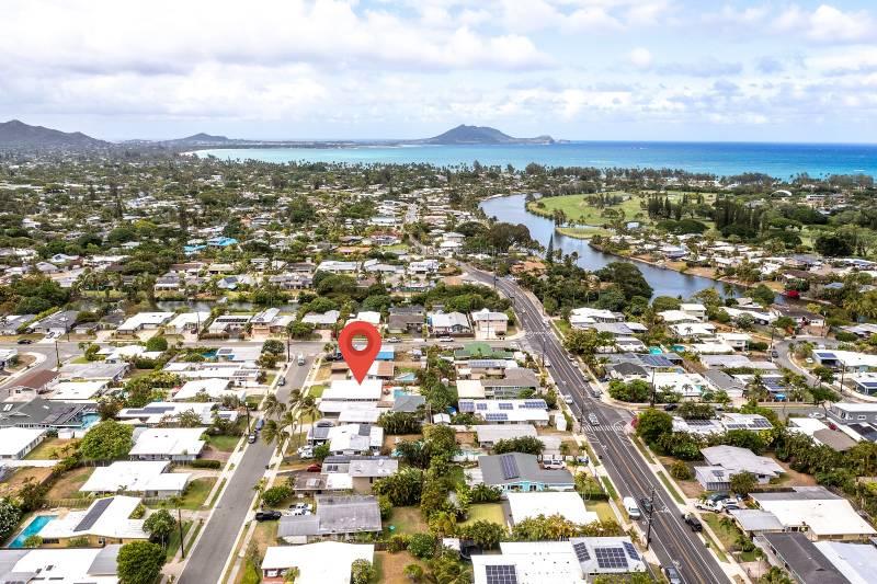aerial view of kailua oahu neighborhood