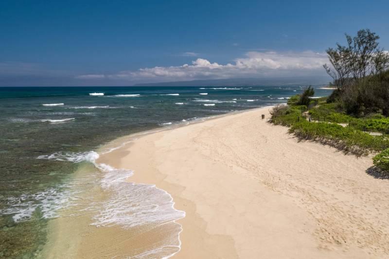 Concierge auction oceanfront acreage oahu