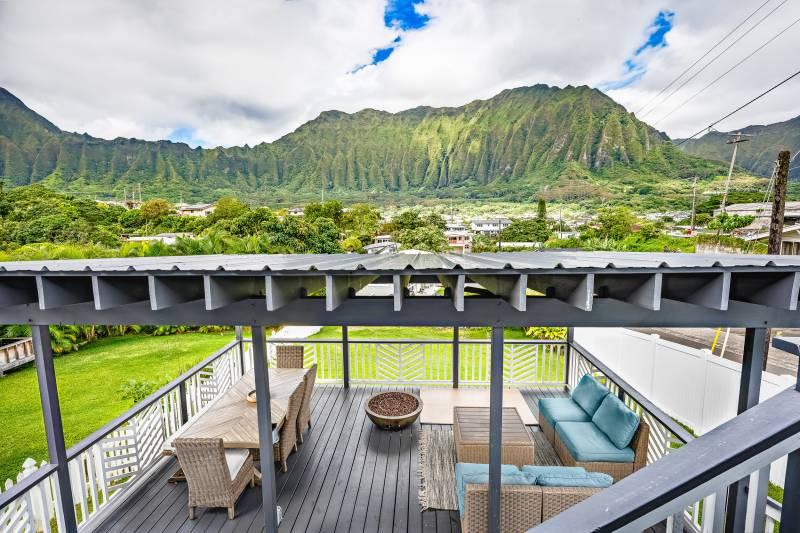 views of Ko'olau mountains