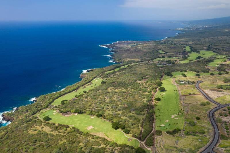 aerial view of hokulia hawaii island luxury community