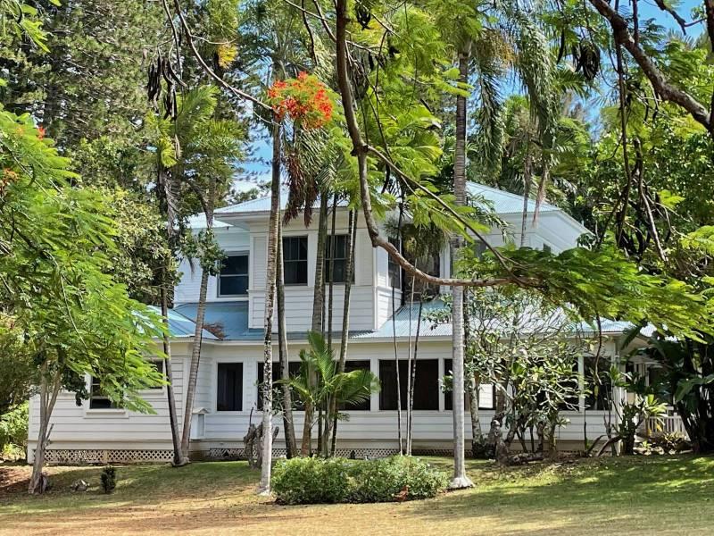 Hawi Plantation House Inn