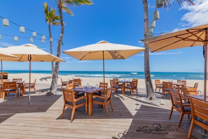 beachfront restaurant big island