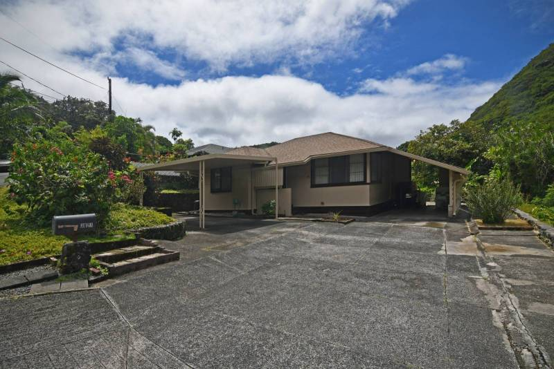 home in palolo valley oahu